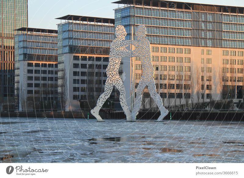 Berlin und Molecule men Himmel Wahrzeichen Hauptstadt Tourismus Denkmal Sehenswürdigkeit Deutschland Spree, Fluß
