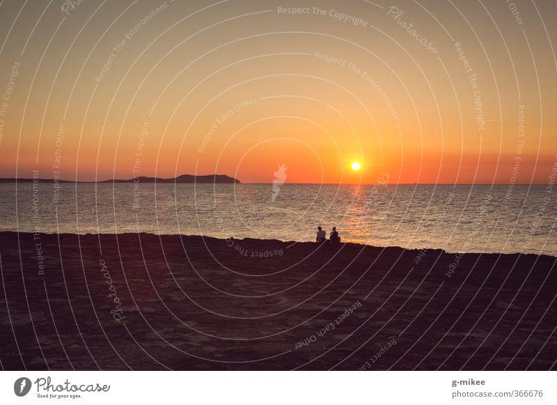 Sonnenuntergang Ferien & Urlaub & Reisen Ferne Freiheit Sommer Sommerurlaub Meer Insel Mensch Paar 2 Wasser Horizont Sonnenlicht ästhetisch frei Zusammensein
