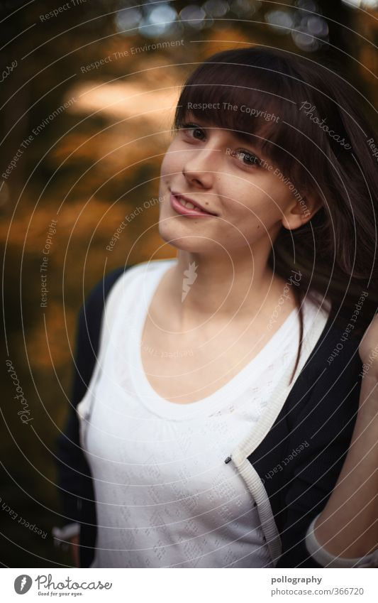 be natural II Mensch Frau Natur Jugendliche Sommer Pflanze Freude Junge Frau Wald Erwachsene 18-30 Jahre Leben feminin Gefühle Haare & Frisuren Glück