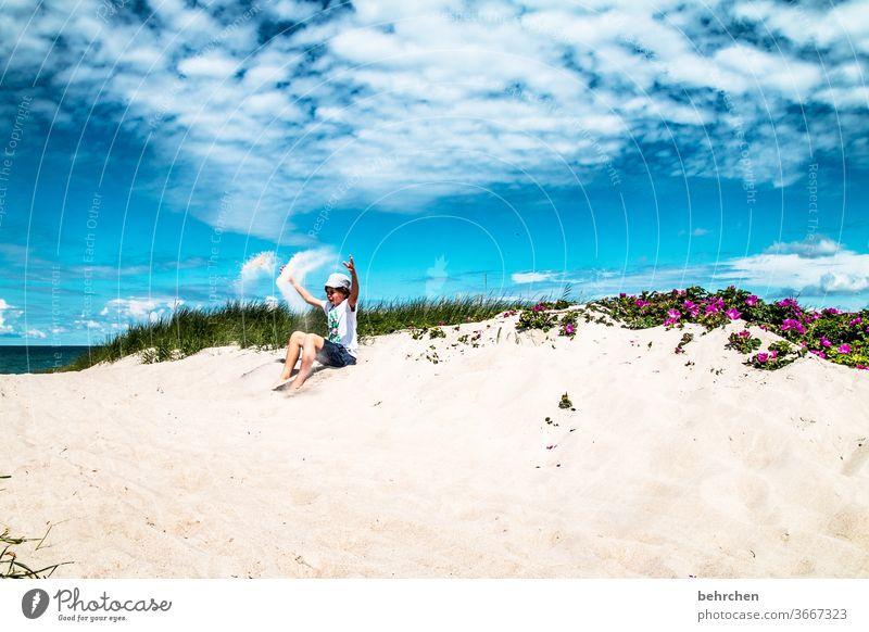 sandmann Fröhlichkeit toben Spielen Zufriedenheit glücklich Glück Deutschland Mecklenburg-Vorpommern Ostseeküste Tourismus Erholung Fischland-Darß Sommer