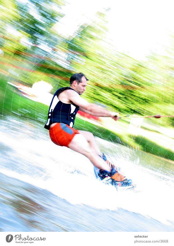 wakeboardinginthulba Wassersport Sommer Sport Wakesurfing