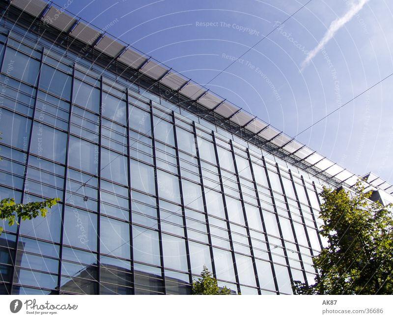 Glashaus Haus Gebäude Spiegel Wolken Architektur