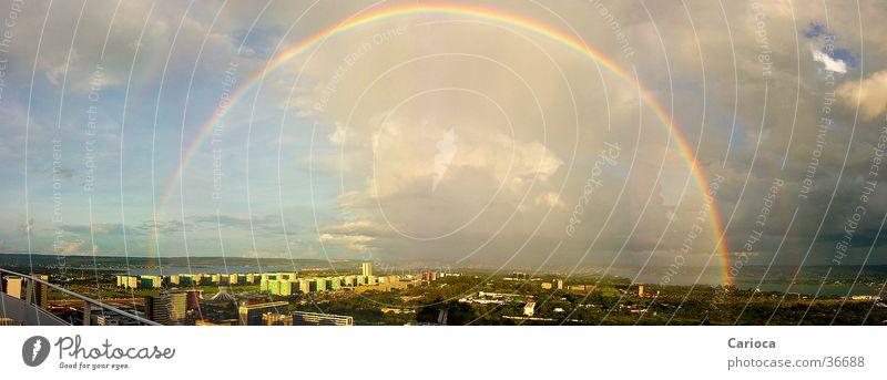 Rainbow over Plano Piloto /  Brasilia DF groß Regenbogen Brasilien Panorama (Bildformat) Hauptstadt Südamerika