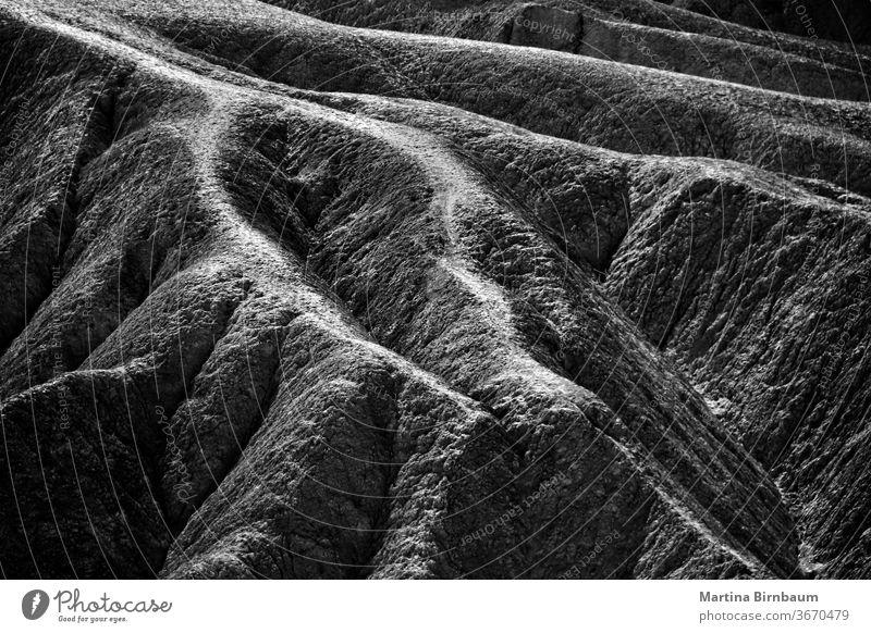 Sandsteinstrukturen am Zabriskie Point im Death Valley National Park Tal Punkt Tod zabriskie Struktur Textur Formationen schwarz auf weiß Landschaft wüst