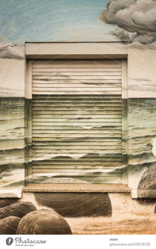 TT Vorfreude | Saison 2021 Fenster Fassade Architektur Stadt Haus Wand Gebäude Menschenleer Farbfoto Tag Altstadt Häusliches Leben Außenaufnahme kreativ