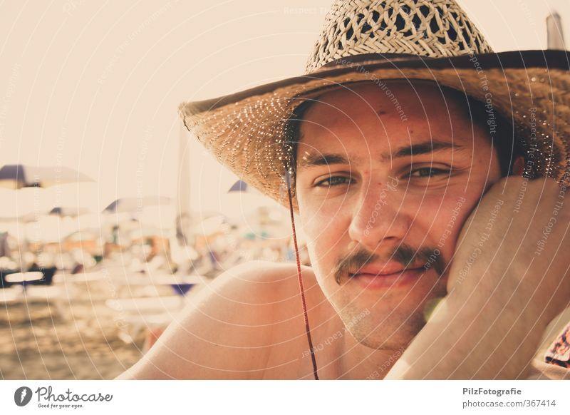 Cowboy im Urlaub Ferien & Urlaub & Reisen Ausflug Ferne Freiheit Sommer Sommerurlaub Sonne Sonnenbad Strand Meer maskulin Junger Mann Jugendliche Kopf