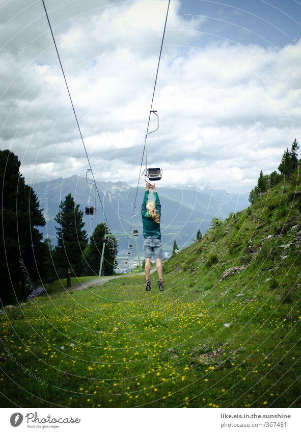 Jugendliche Ferien & Urlaub & Reisen Freude Junge Frau Berge u. Gebirge feminin Lifestyle wandern