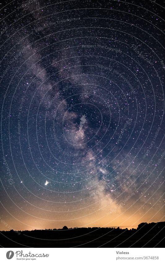 Wohin des Weges - Milchstraße Sterne All Astrofotografie Nacht Nachthimmel Außenaufnahme Weltall Sternenhimmel Astronomie Langzeitbelichtung Unendlichkeit