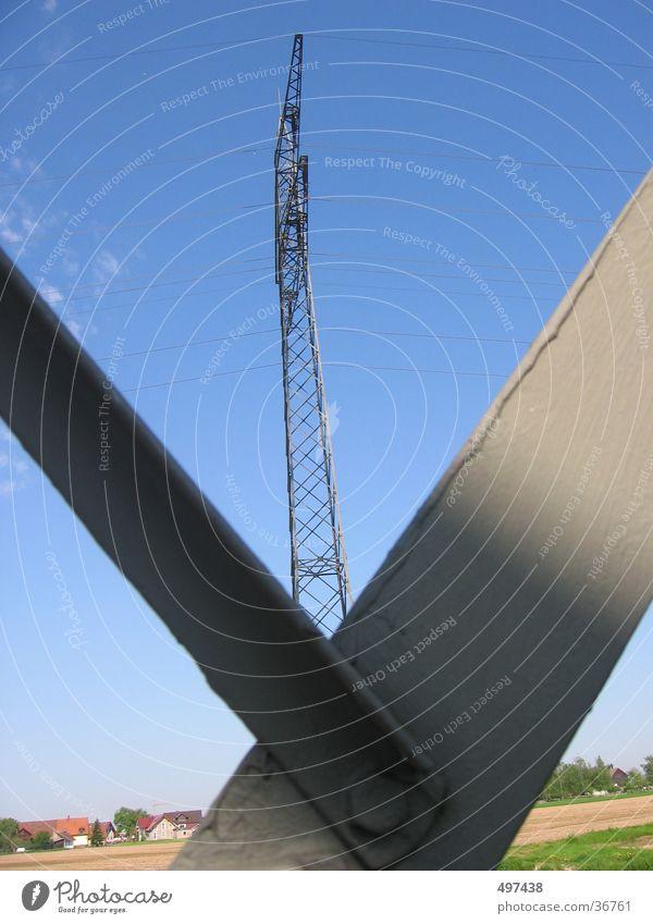 strom Industrie Strommast Blauer Himmel Starkstrom