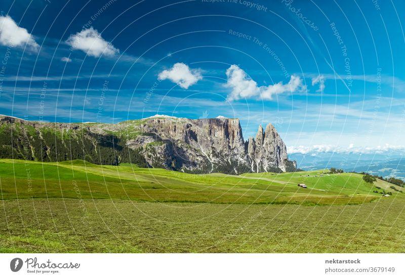 Seiser Alm Tal und Hochebene Plateau Feld Wiese Gras Himmel Cloud Panorama Natur Reisefotografie Natürliches Wahrzeichen berühmter Ort Schönheit in der Natur