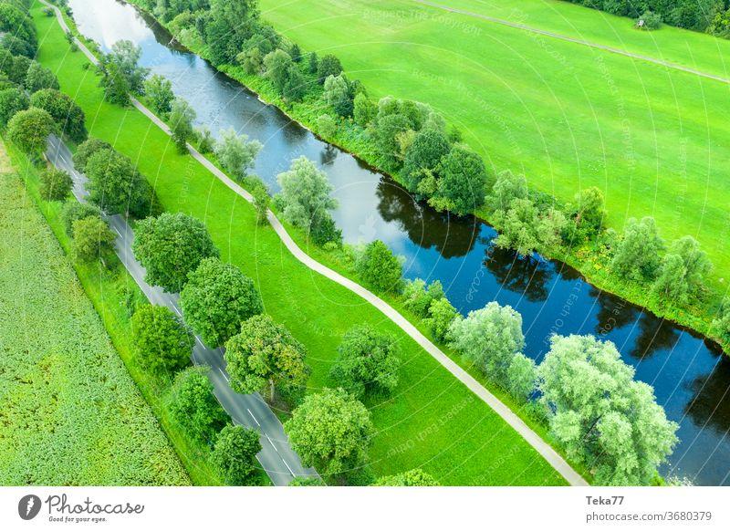 #Der Fluß von Oben 2 Fluss Flussufer wasser natur Bäume im See von oben straße verkehr drone luftbild