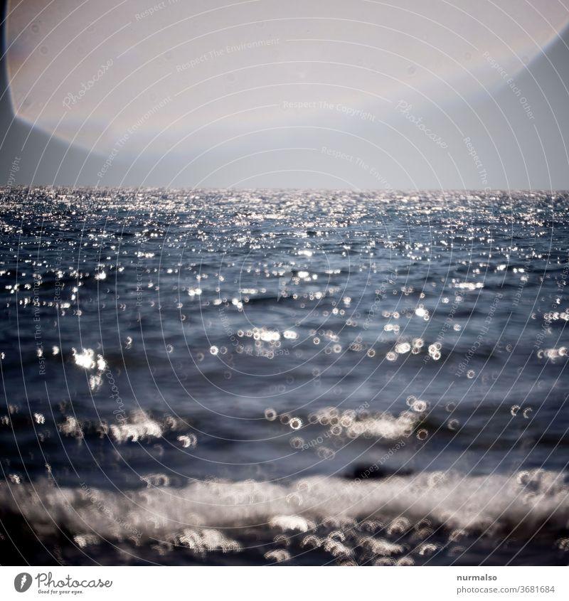 Meer Meer wasser wellen Mittelmeer glitzer reflektion gischt sommer wärme urlaub segeln wind blau ferne fernweh sinnsuche