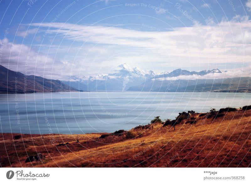 land of blue lakes. Himmel Natur Ferien & Urlaub & Reisen blau Wasser Landschaft Wolken Ferne Berge u. Gebirge Reisefotografie See Horizont Schönes Wetter