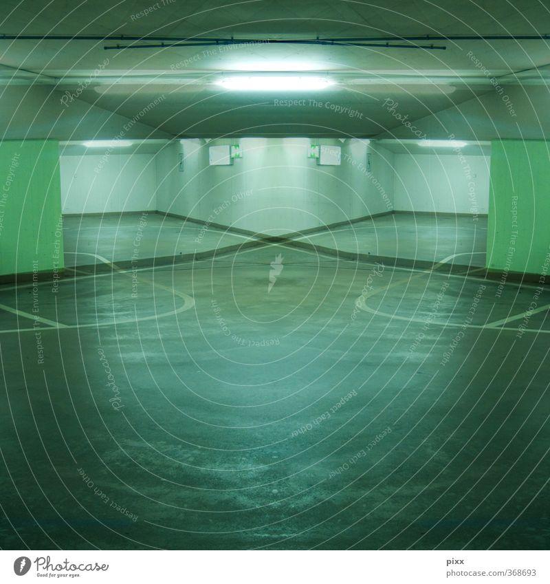 neon Stadt grün ruhig Wege & Pfade Innenarchitektur grau Stil Lampe Linie Verkehr Schilder & Markierungen trist Perspektive Beton fahren geheimnisvoll