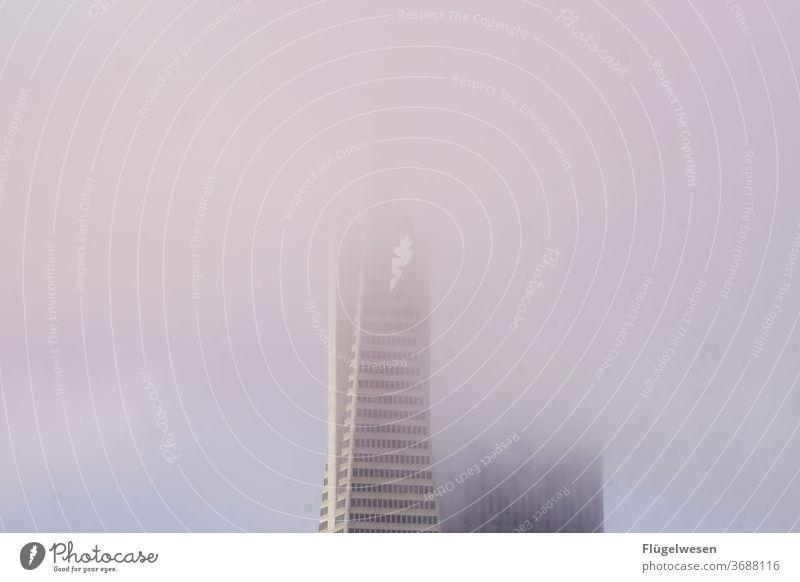 Nebel Nebelschleier Nebelstimmung Nebelbank Nebelmeer Nebelwand Nebelwald Nebelfeld USA Hochhaus wolkenkratzer Amerika