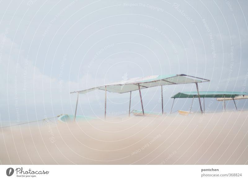 weich Himmel Ferien & Urlaub & Reisen Wolken Strand Sand hell Wasserfahrzeug Hütte