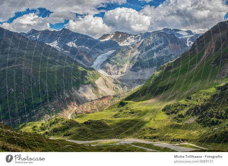 Kaunertaler Gletscher, Tirol, Österreich Gletscherstrasse Berge Gipfel Täler Gebirge Fels Felsen Wiesen Bäume Landschaft Natur Himmel Wolken Sonne Sonnenschein