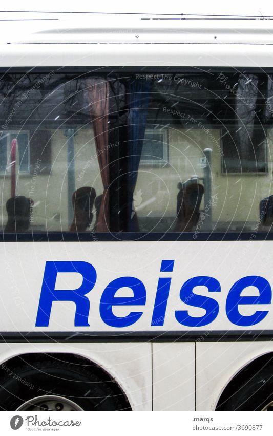 Reisebus Bus Ferien & Urlaub & Reisen Fenster Abenteuer Freizeit & Hobby Schriftzeichen Schneefall Mobilität busreise kaffeefahrt