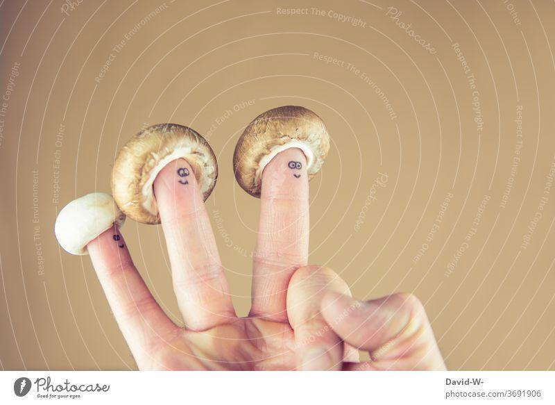 Pilzkopf - 3 Finger mit Hut - alle guten Dinge sind drei kreativ Pilze Hüte Spaß Freude witz witzig Kreativität Gesicht smile lächeln lachen Hand Handarbeit