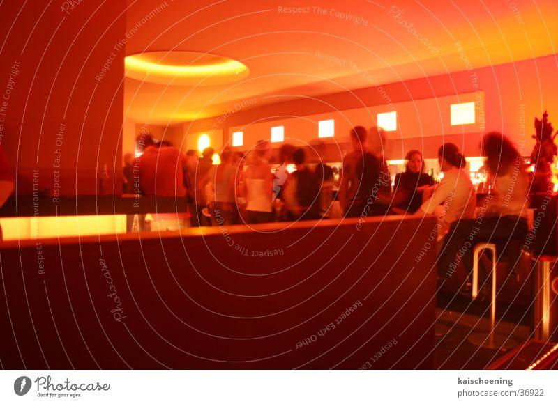 Barlife Leben Party gehen sitzen trinken Disco Club Anlegestelle Ampel