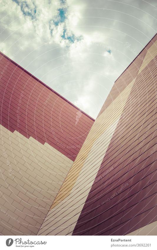 \/` Fassade Haus Wand Mauer Hochhaus Muster Strukturen & Formen Himmel Wolken Geometrie geometrisch graphisch Grafik u. Illustration Linien Design abstrakt
