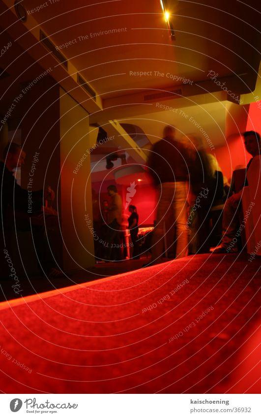 nur für freunde nightlife Freundschaft Bremen Club rot Tunnel Froschperspektive Anlegestelle Party nff Blick Schöning Gang