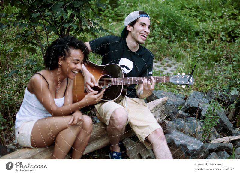 Spaß Mensch Natur Jugendliche Ferien & Urlaub & Reisen Freude Erwachsene Liebe Leben 18-30 Jahre Freiheit Glück Feste & Feiern Paar Party Freundschaft