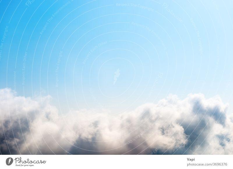 Weiße Wolken am blauen Himmel Cloud weiß Natur weiße Wolke Air hell hoch Wetter Himmel (Jenseits) wolkig Hintergrund abstrakt Wolkenlandschaft fluffig Tag