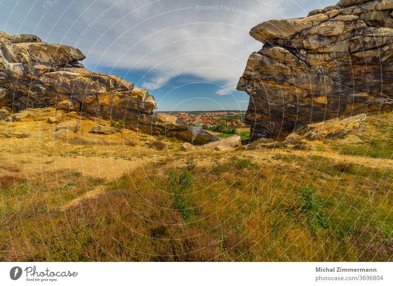 Teufelsmauer nahe Thale Natur Naturschutzgebiet Farbfoto Außenaufnahme Landschaft Menschenleer Tag Umwelt Felsen Himmel Berge u. Gebirge Wolken natürlich Hügel