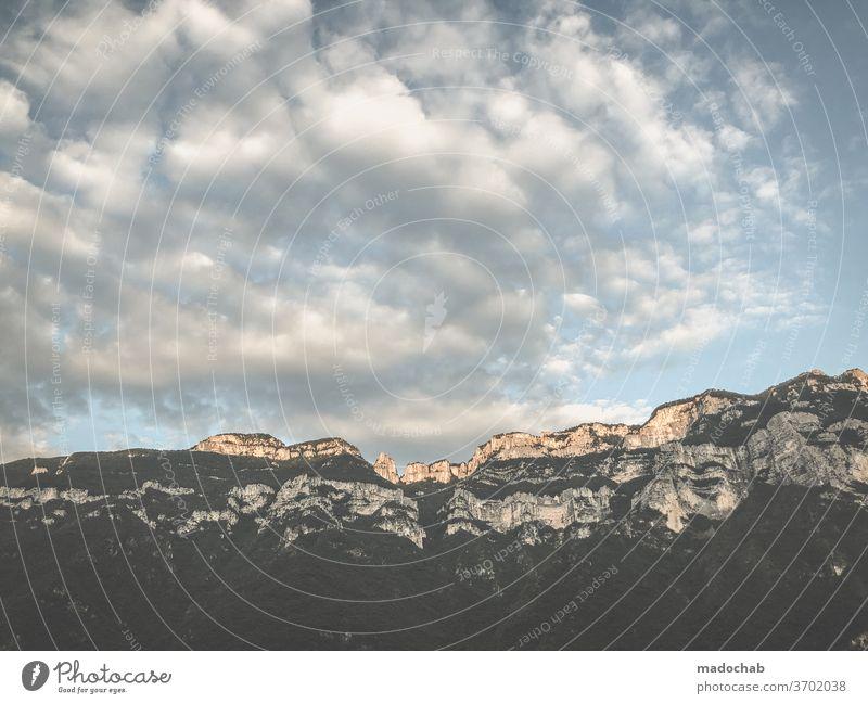 Karpaten Gebirge Berg Landschaft Berge Berge u. Gebirge Natur Gipfel Felsen Schönes Wetter Außenaufnahme Farbfoto Urlaub Himmel Wolken Umwelt Naturerlebnis