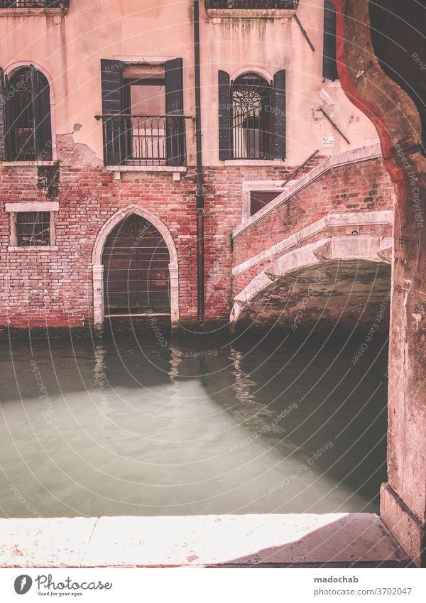 Venedig Urlaub Brücke Kanal Italien Ferien & Urlaub & Reisen Stadt Städtereise Tourismus Ausflug Sightseeing Altstadt Haus Menschenleer Sommerurlaub