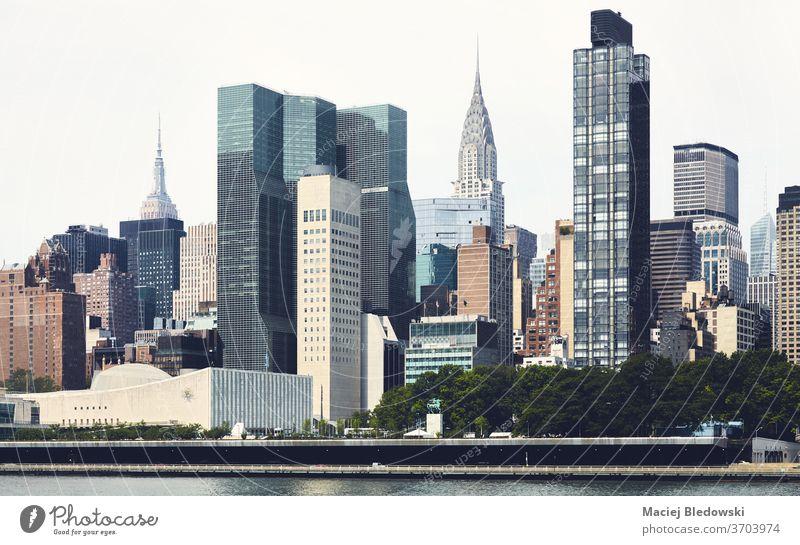 New York City East Side Architektur, farbig getöntes Bild, USA. Großstadt neu Manhattan Büro Wolkenkratzer Business District Stadtbild Gebäude reisen Skyline