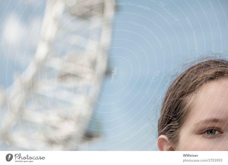 Das Auge und The Eye London Eye Riesenrad Aussicht Tourismus Gesicht Millennium Wheel Themse Ufer Gondeln England Ferien & Urlaub & Reisen Mädchen Ausschnitt