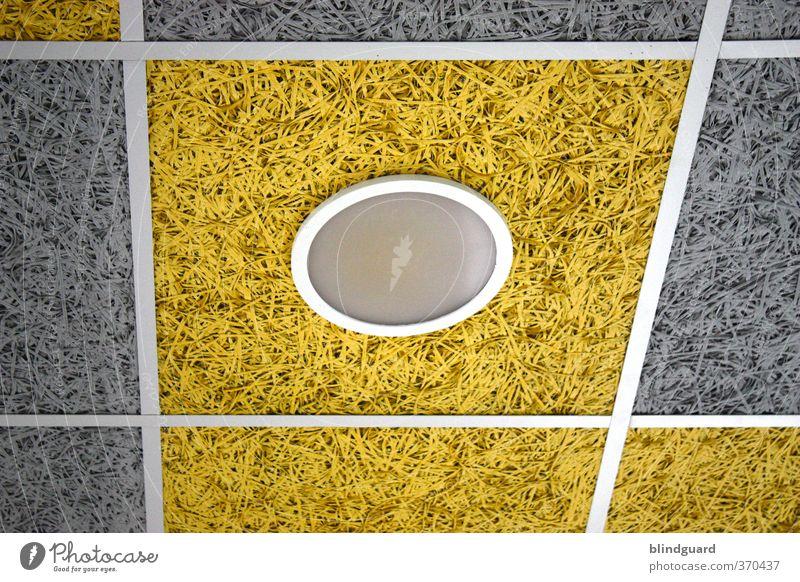 Das Runde ist im Eckigen Lampe Stein Glas Metall Kunststoff leuchten trist gelb grau schwarz weiß Geometrie Decke Deckenlampe Farbfoto Innenaufnahme