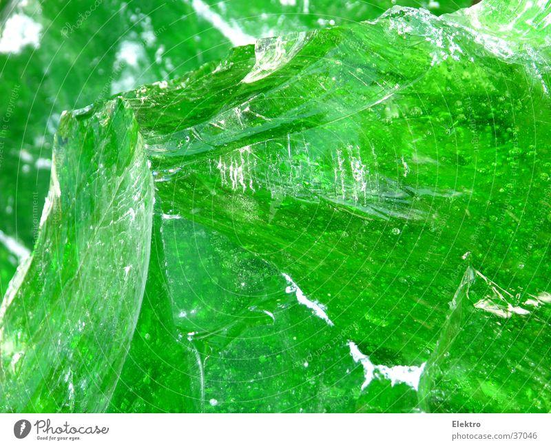Glas Splitter grün Lampe Stein Regen Beleuchtung glänzend Glas Industrie durchsichtig Recycling Splitter Mineralien schimmern Bruchstück Glasfaser Taktik