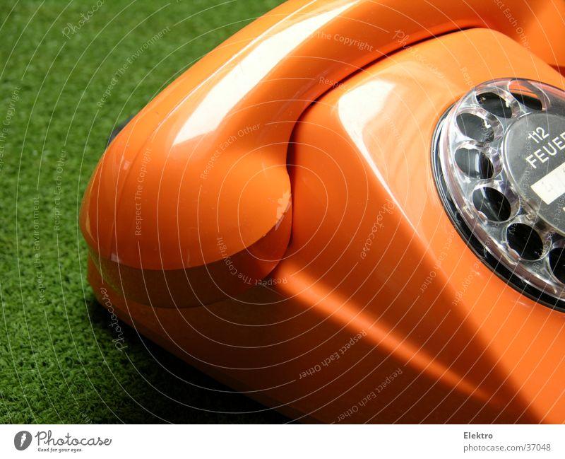gut aufgelegt grün orange Kommunizieren Kreis Technik & Technologie Telekommunikation Brand Feuer Telefon Kontakt Medien Telefonhörer Elektrisches Gerät