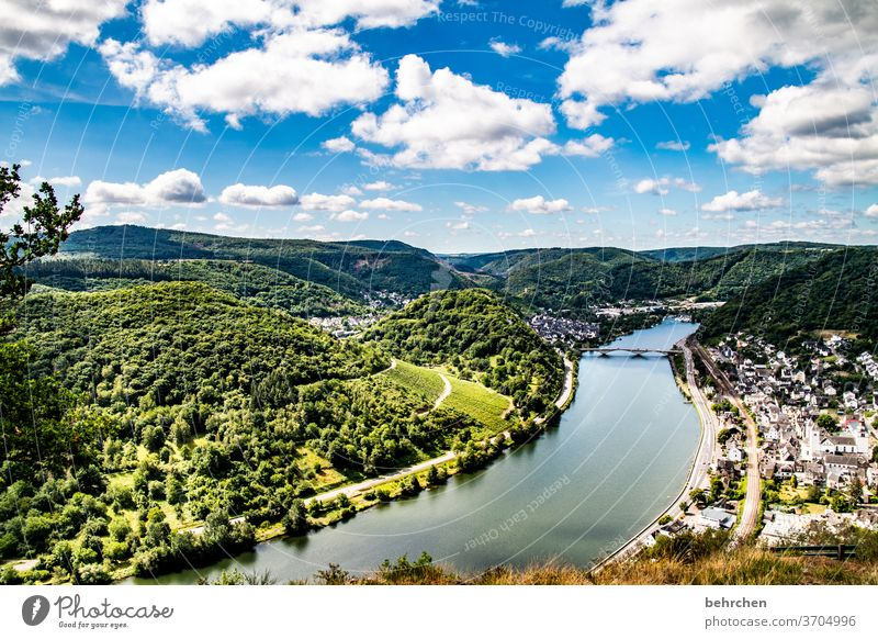 lass es fließen Wald Ferien & Urlaub & Reisen wandern Natur Landschaft Himmel Wolken Sommer Umwelt Außenaufnahme Menschenleer Farbfoto Berge u. Gebirge