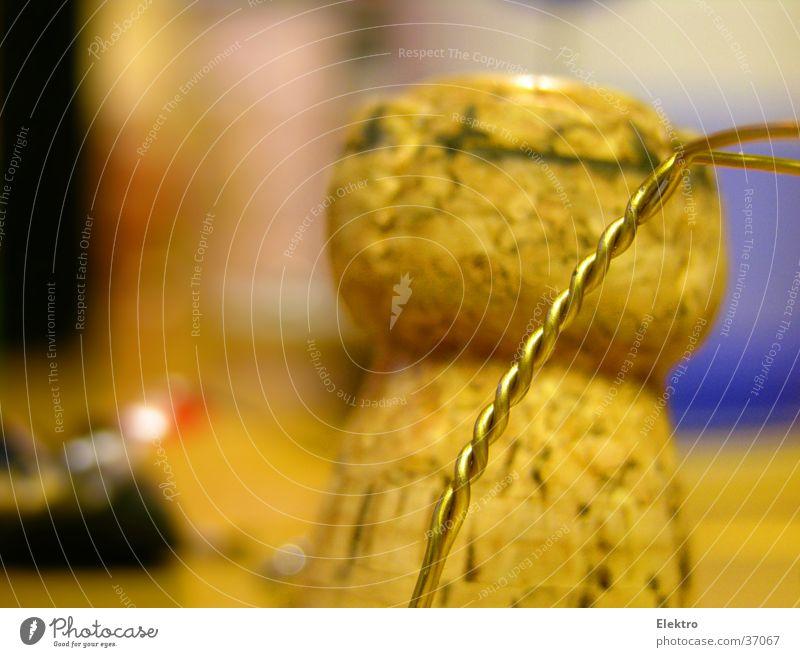 SK160 Feste & Feiern Silvester u. Neujahr Flasche Alkohol Sekt Einladung aufmachen Flaschenhals Jubiläum Champagner Korken Stöpsel Prosecco begießen plopp