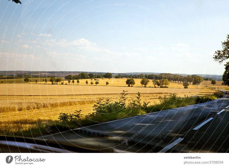 Haar bei Soest haar haarstrang soest landschaft hügel hügelland straße landstraße fahrt autofahrt ausflug reise tourismus besuch deutschland nordrhein-westfalen