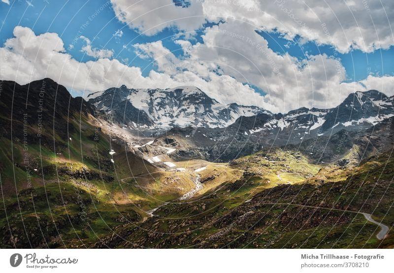 Kaunertaler Gletscher, Österreich Gletscherstrasse Tirol Berge Gipfel Gebirge Täler Fels Felsen Landschaft Natur Bäume Wiesen Himmel Wolken Sonne Sonnenschein