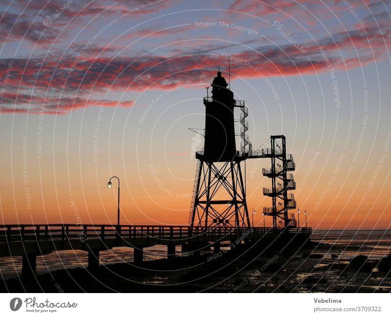Leuchtturm bei Dorum-Neufeld leuchtturm dorum dorum-neufeld wursterland nordsee watt abend abends abendhimmel deutschland brd europa abendstimmung meer