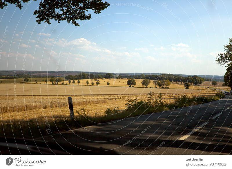 Haarstrang bei Soest haar haarstrang soest landschaft hügel hügelland straße landstraße fahrt autofahrt ausflug reise tourismus besuch deutschland