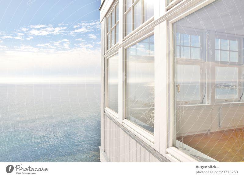 ein Haus am Meer Strand Küste Hotel Ferien & Urlaub & Reisen Himmel Erholung Ostsee Wellen blau Wasser Sommer Mecklenburg-Vorpommern Ostseeküste Idylle