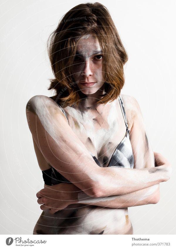 ...na und? Mensch Jugendliche Junge Frau Erwachsene 18-30 Jahre feminin Gefühle außergewöhnlich Kunst verrückt Coolness einzigartig Wut Mut brünett langhaarig