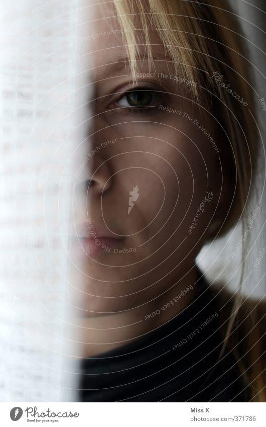Müde Mensch Kopf 1 18-30 Jahre Jugendliche Erwachsene Traurigkeit Gefühle Stimmung Sorge Trauer Liebeskummer Müdigkeit Unlust Schmerz Sehnsucht Erschöpfung Reue