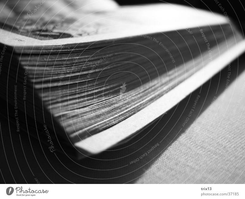 buchecken weiß schwarz Buch Ecke offen Dinge Seite Comic