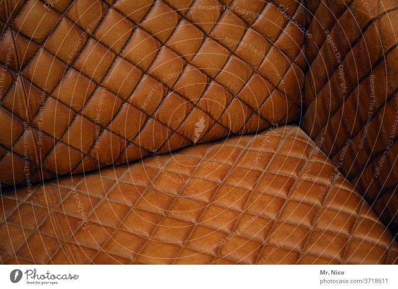 klassisch modern Sofa Stil alt retro Leder Design Möbel braun Eleganz Sitz Dekoration & Verzierung Polsterung stylisch bequem Antiquität altehrwürdig Ledersofa