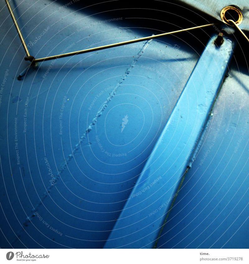 Haken, Gummi, Öse, Plane, Blech (dittmaristischer Objektivismus) haken gummi band container plane blau metall eisen spannung öse tageslicht schweißnaht blech