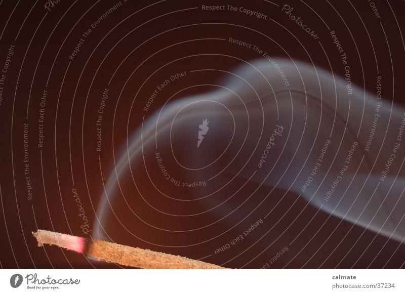 .:experiment mit rauch:. # dunkel Häusliches Leben Rauch Räucherstäbchen