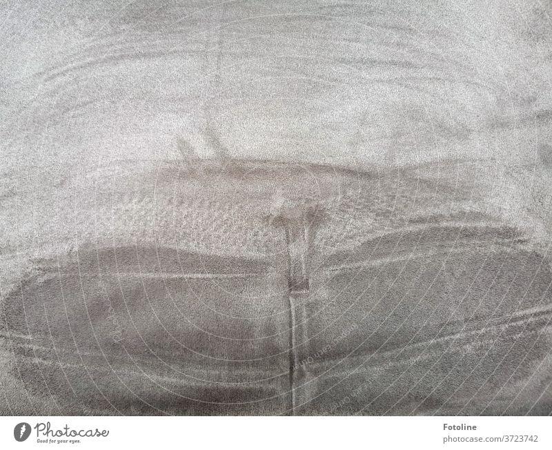Da saß mal jemand - oder der Abdruck einer Jeanshose auf einer Stuhllehne Stoff Schatten Licht Innenaufnahme Detailaufnahme Menschenleer Nahaufnahme Tag